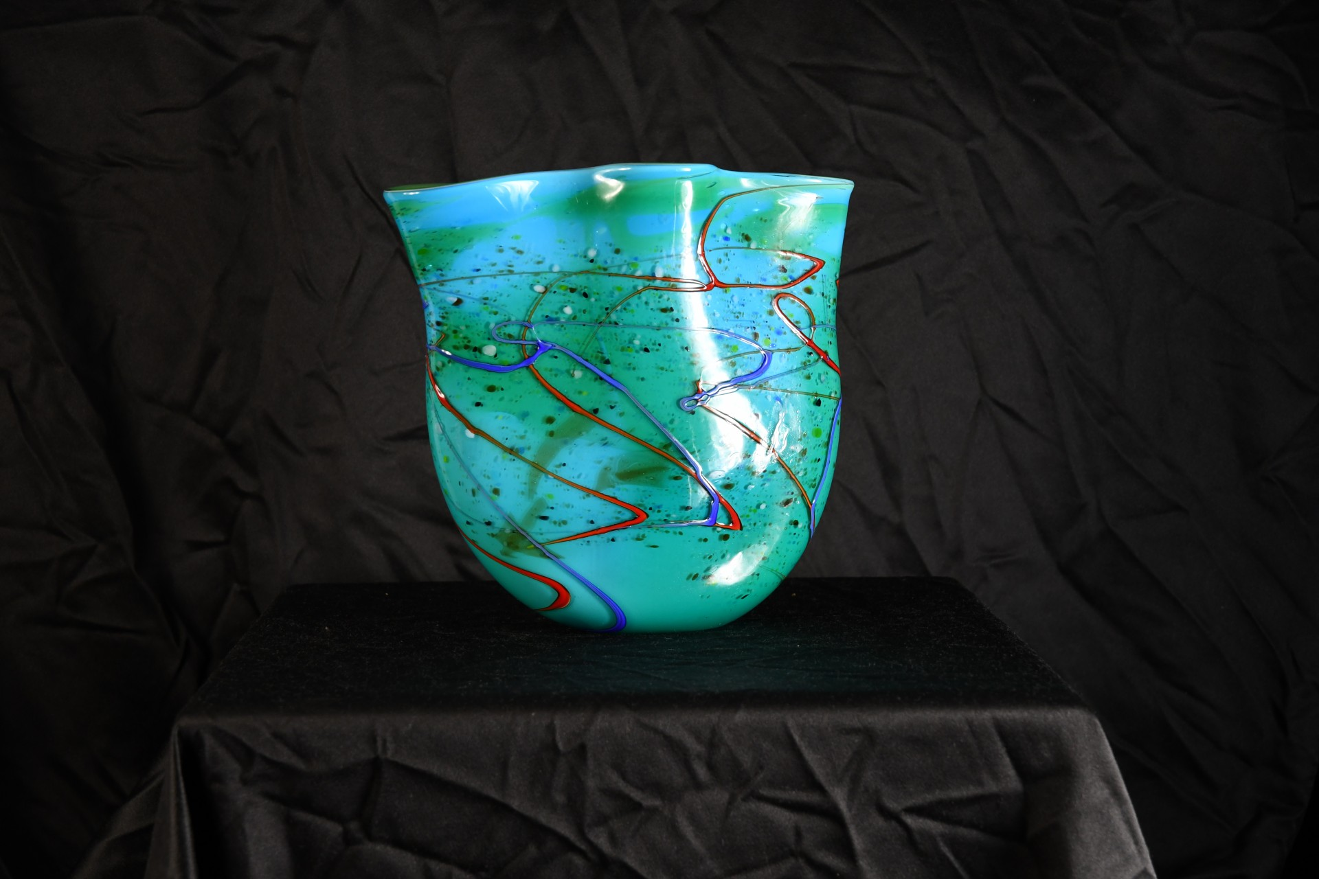 Glass wave mouth vase