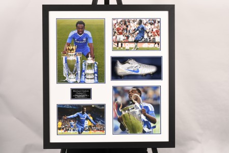 SIGNED FOOTBALL BOOT PRESENTATION OF MICHAEL ESSIEN