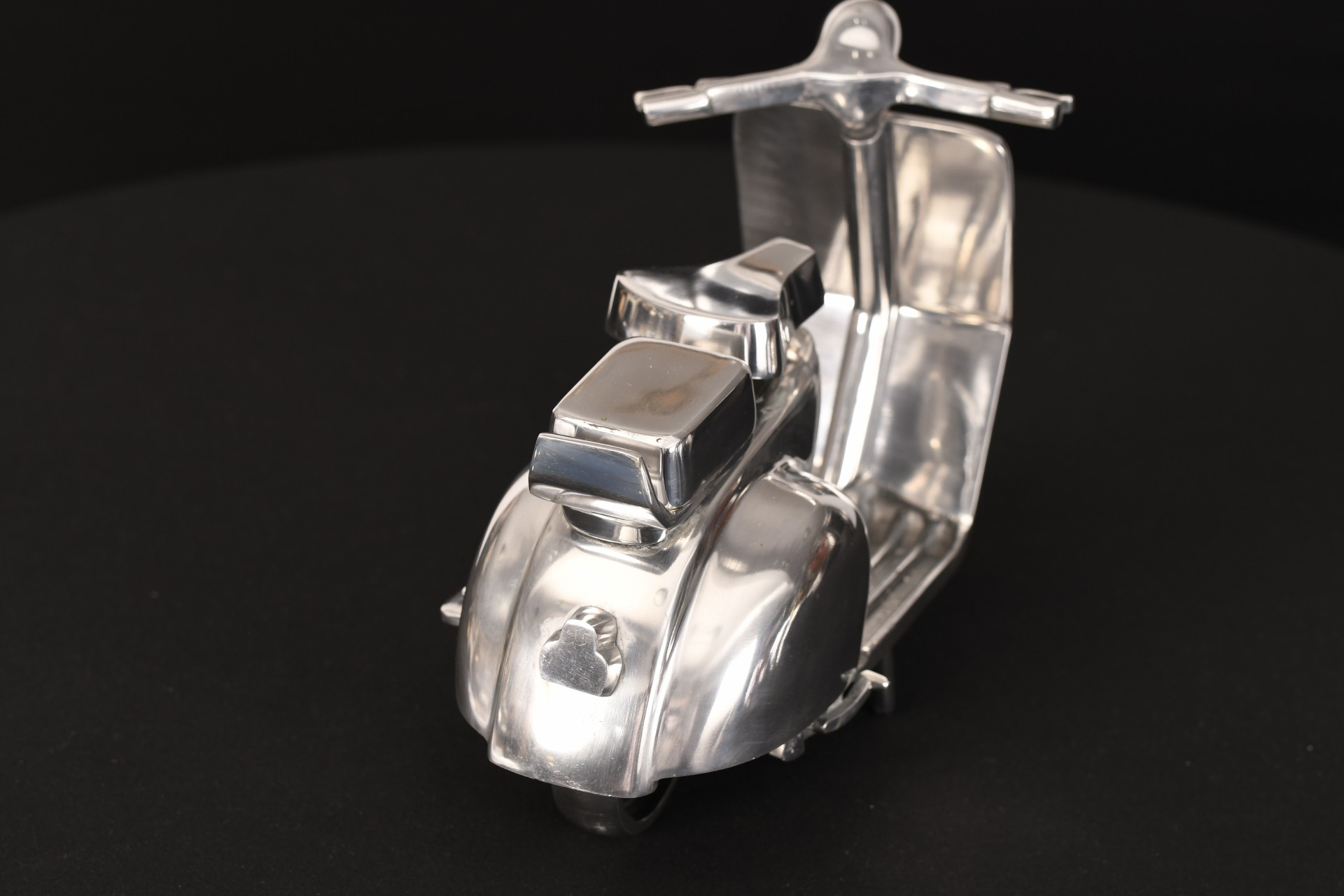 HAND MADE METAL SCOOTER