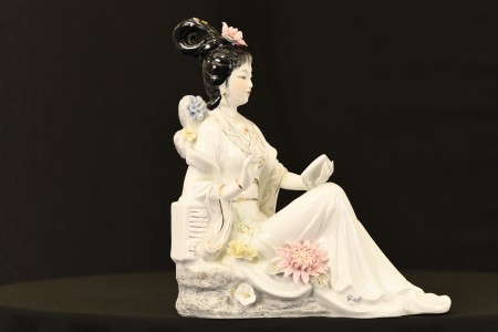 Porcelain Geisha Lady