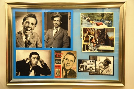 NORMAN WISDOM UNIQUE PRESENTATION SIGNED