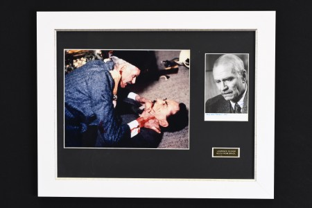 Original Laurence Olivier Signature