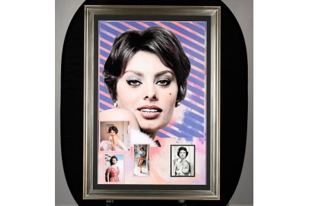 Framed Art Memorabilia Presentation with Original Sofia Loren Signed Photograph