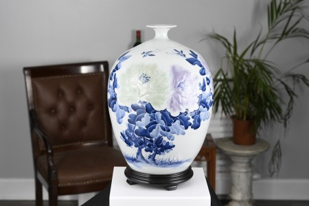 Blue and White Floral Vase with wooden base