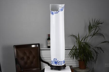 Oriental White Porcelain Vase with Cutaway Art Design