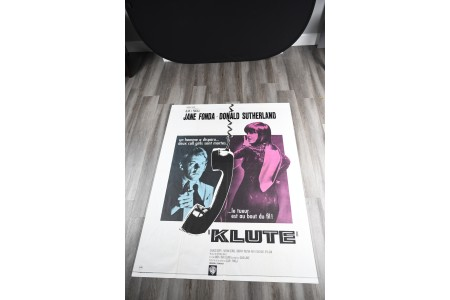 """French Cinema Poster of 1971 Film """"Klute"""""""